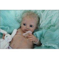 Emmi doll kit sculpted by Regina Labuc-Hoga  PRE ORDER