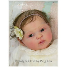 Olive vinyl doll kit sculpted by  Ping Lau  PRE ORDER